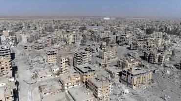 Raqqa torna in mano civile