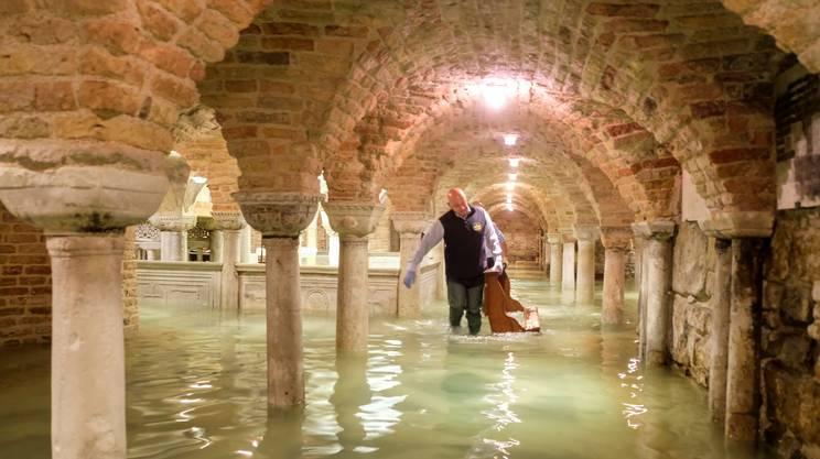 La cripta della Basilica di San Marco