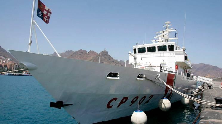 La nave Diciotti è giunta a Catania