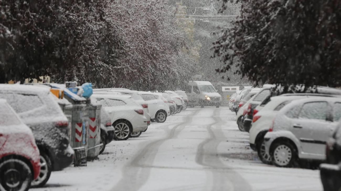 La neve scesa copiosa nel centro di Bologna lunedì