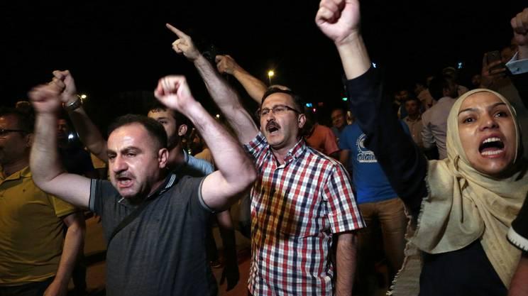La protesta della popolazione di Ankara