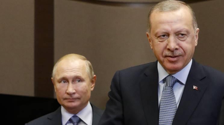 La tregua dovrebbe permettere di completare la partenza delle milizie curde dalle regioni a ridosso del confine con la Turchia