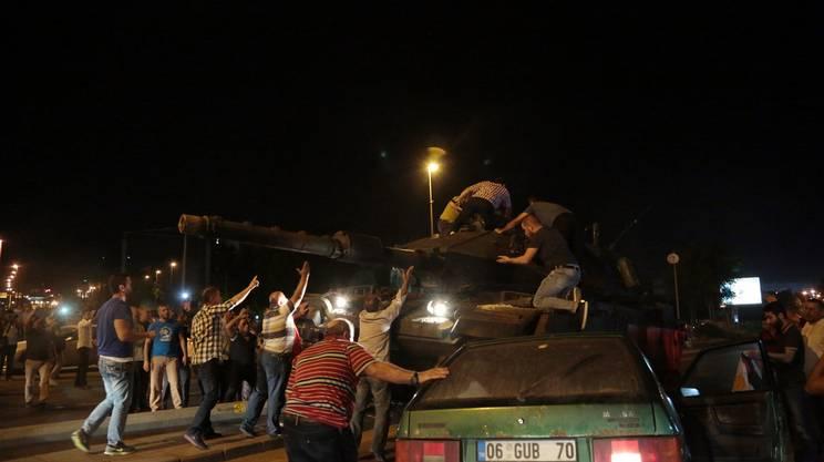 Le proteste della popolazione ad Ankara