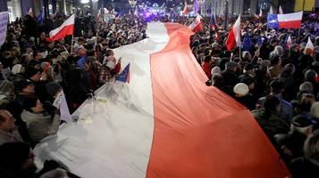 I polacchi scendono in piazza