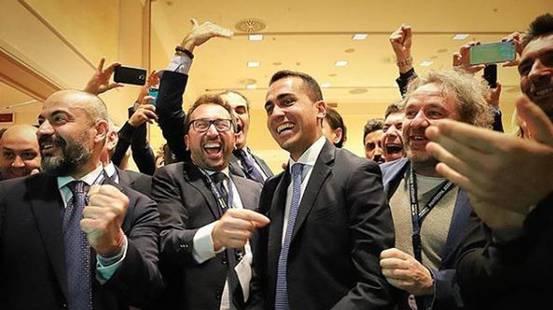 Italia, Lega e 5 Stelle avanti