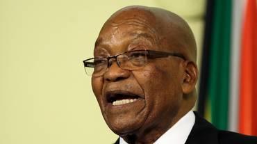 Zuma a processo per corruzione