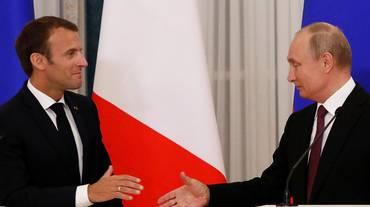 Macron-Putin in cerca d'intesa