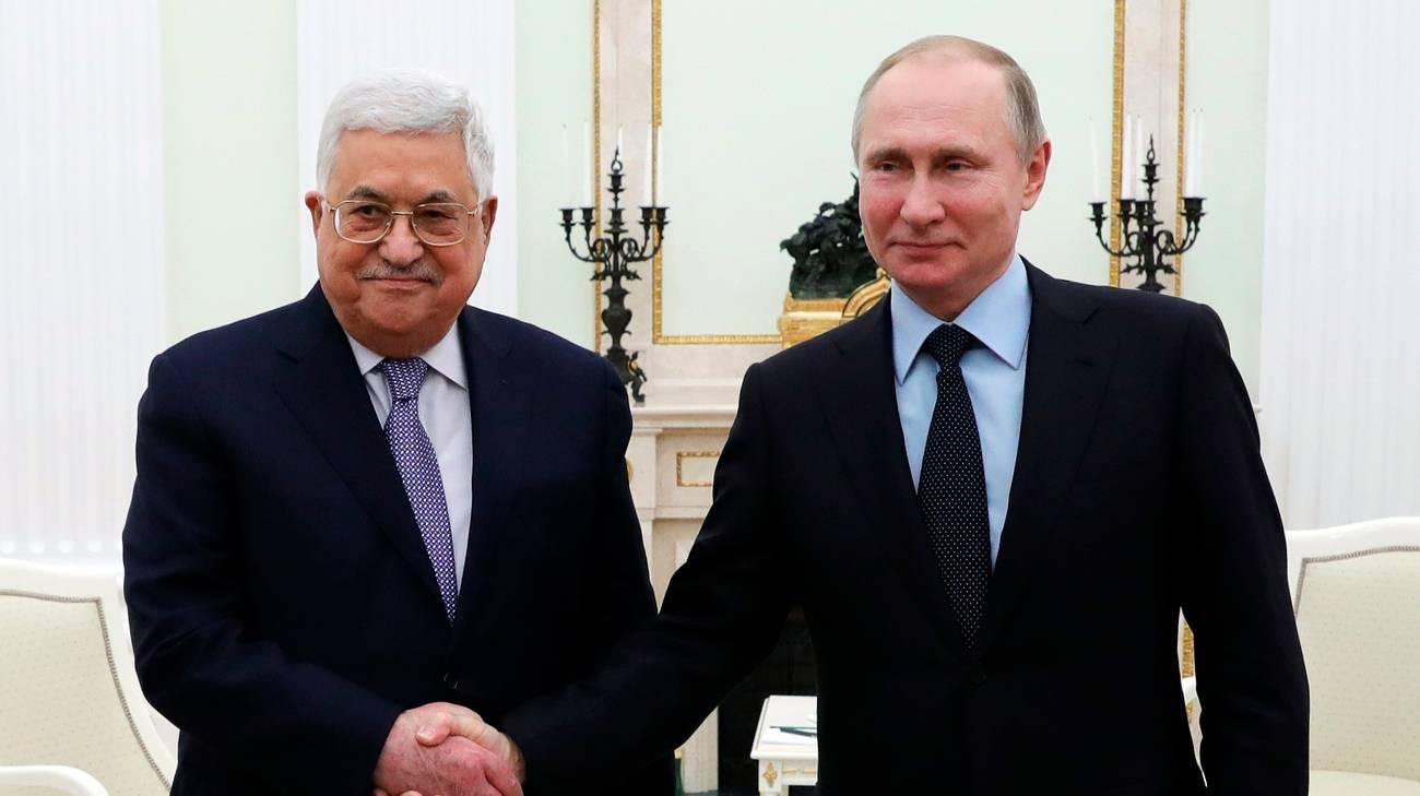 Mahmoud Abbas e Vladimir Putin a Mosca