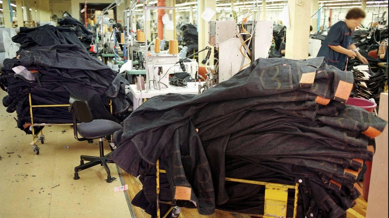 Nel mirino anche le esportazioni di jeans