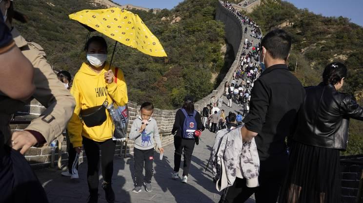 Ottobre 2020: turisti sulla Grande muraglia cinese