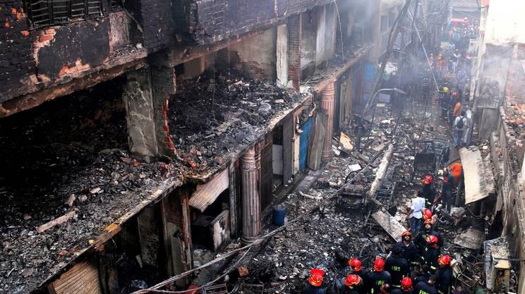 Bangladesh: bilancio incendio sale a 69 vittime - Cronaca