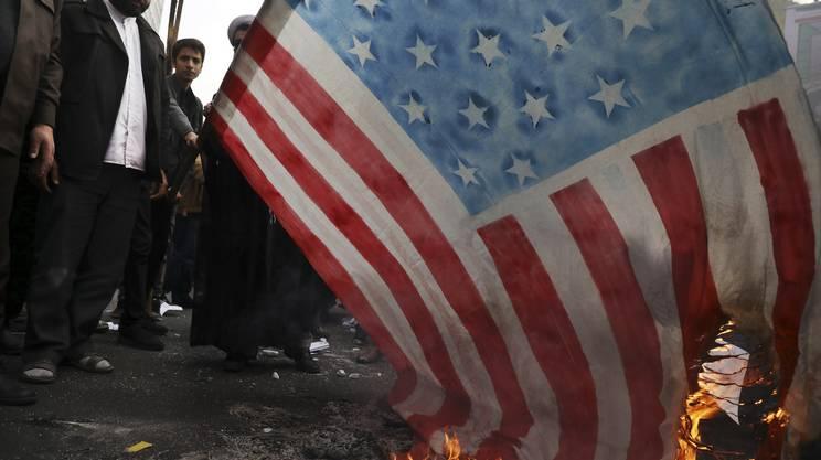 Proteste anche per il 40esimo dell'occupazione dell'ambasciata americana a Teheran