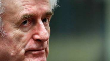 Karadzic torna in aula