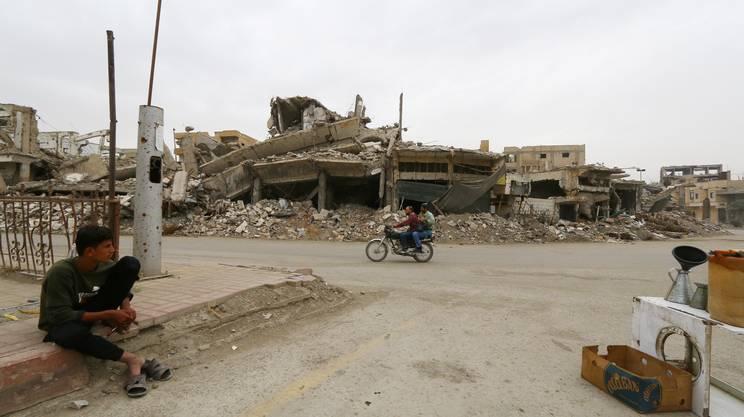 Scene di vita quotidiana a Raqqa
