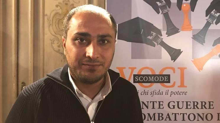 Shiyar Khaleal, giornalista curdo-siriano, in esilio in Francia dopo aver trascorso due anni e mezzo in carcere in Siria