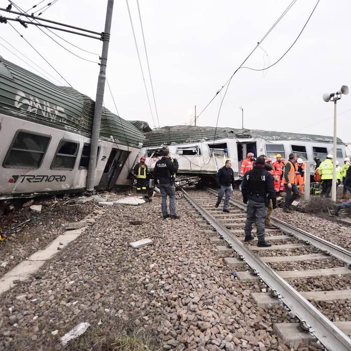 Treno deraglia a milano rsi radiotelevisione svizzera - Treno milano porta garibaldi bergamo ...