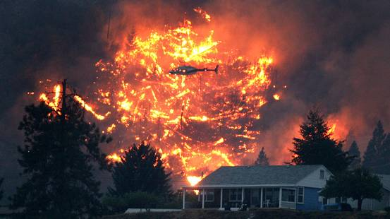 Canada, storico vasto incendio