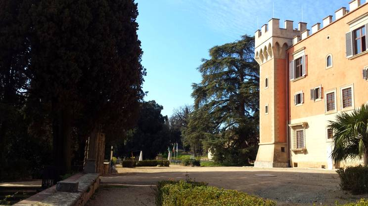 Villa Salviati, a Firenze, è un complesso del 1400 e ora sede degli Archivi storici dell'UE