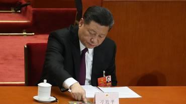 Nuovo mandato per Xi Jinping