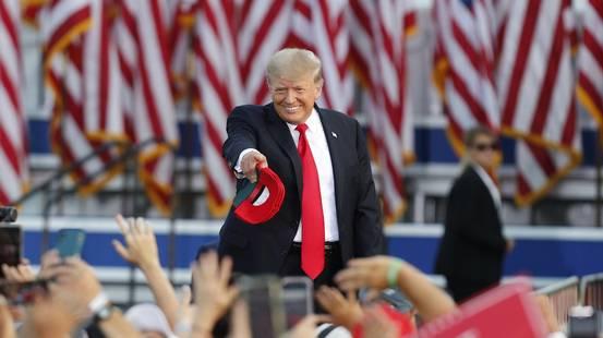 Trump lancia il tour della rivincita