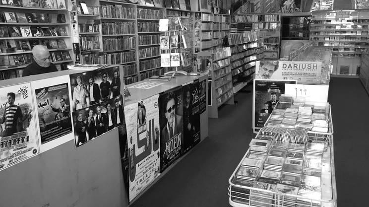 Da Dario a Dariush storia e musica s'intrecciano nel quartiere iraniano di Los Angeles. Questo piccolo negozio di musica da oltre 50 anni è un punto di riferimento imprenscindibile.