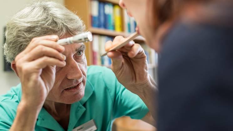 Età media avanzata e difficoltà di ricambio generazionale: problemi molto diffusi per la categoria dei medici di base
