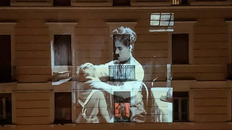 Film senza tempo sui muri delle case nel mondo