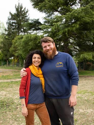 Matteo e Rosilde, la sua compagna. Da quando è iniziata l'emergenza covid-19 lavora in smart-working da casa
