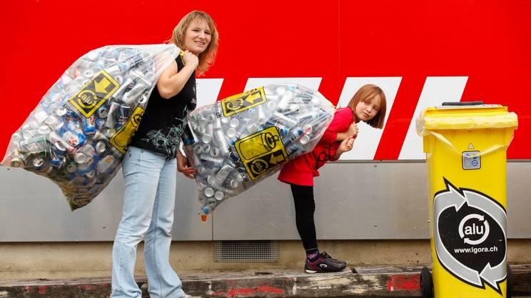 È certamente aumentata, negli anni, la propensione degli svizzeri al riciclaggio dei rifiuti