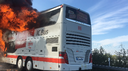 Bus in fiamme sull'A1