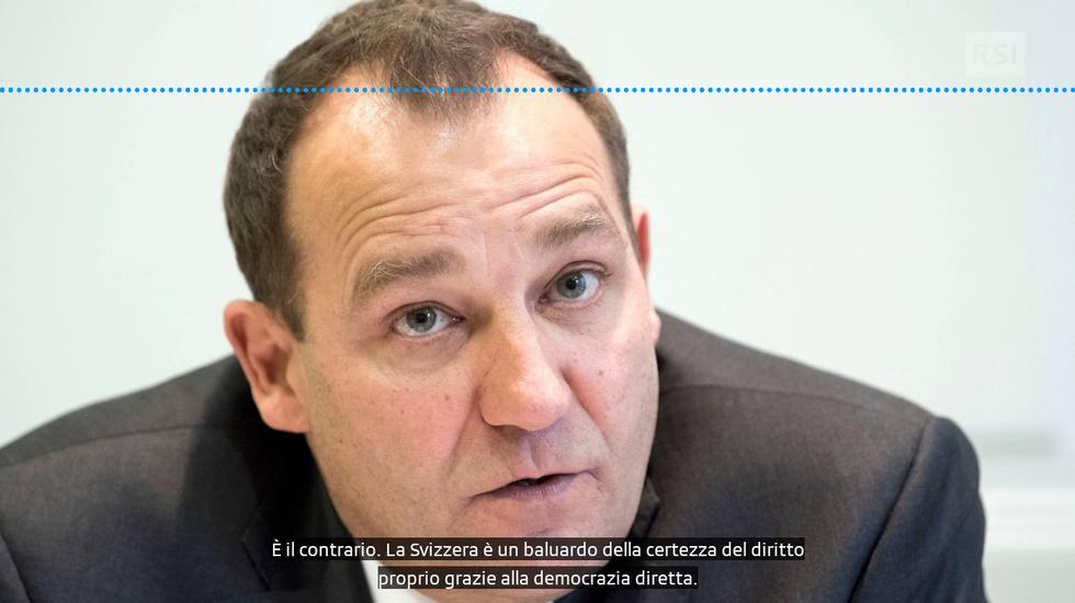 """Iniziativa """"Per l'autodeterminazione"""": le argomentazioni per il """"sì"""" del consigliere nazionale Thomas Matter (UDC/ZH)"""