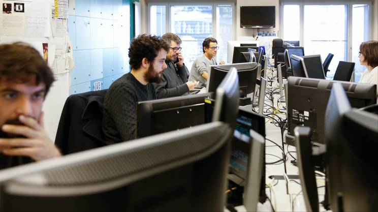 A partire da mezzogiorno, spazio al liveticker e alle pagine speciali di Teletext costantemente aggiornate dai redattori di RSI News