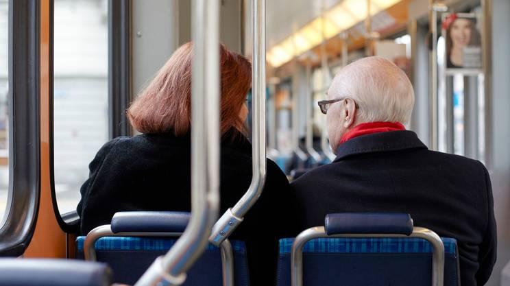 Anche l'invecchiamento demografico, fra i fattori cruciali legati all'incremento dei costi della salute