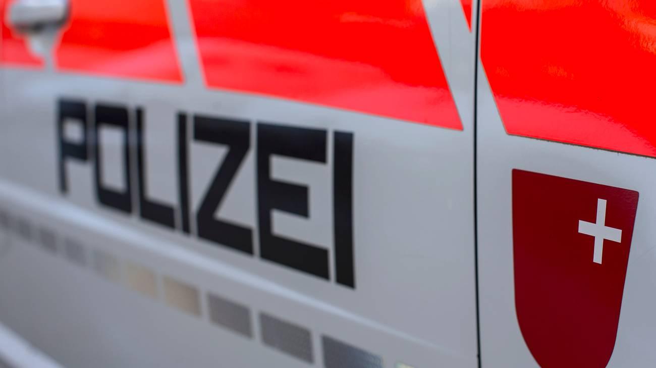 Carambola di auto nel canton Svitto
