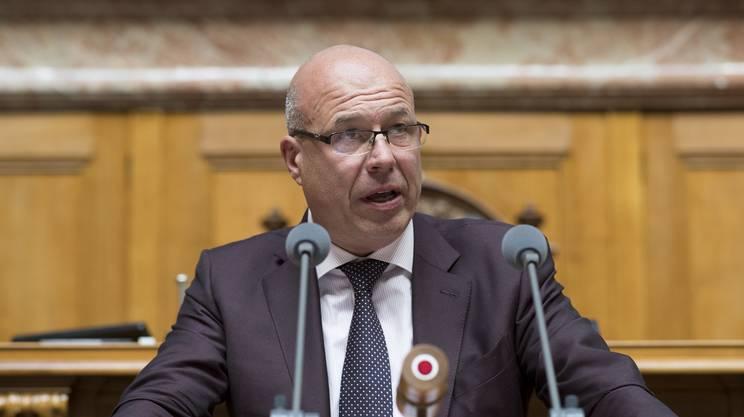 Fabio Regazzi, promotore della mozione per l'espulsione dei terroristi islamici, approvata da entrambi i rami del Parlamento