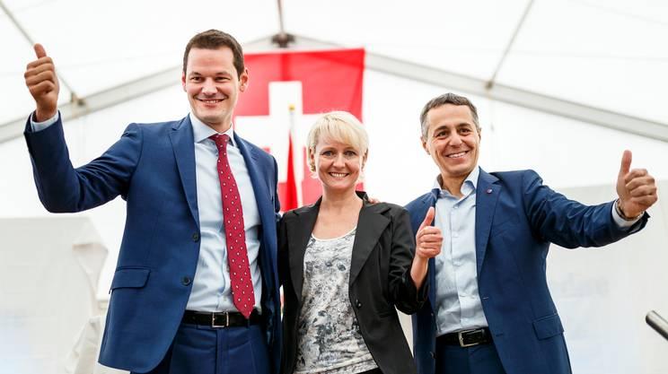 I candidati ufficiali del PLR qui, lo scorso 2 settembre, dopo la loro designazione, al meeting del loro partito a Auvernier (NE)