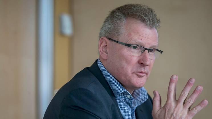 Il consigliere di Stato Heinz Tännler, responsabile del dipartimento delle finanze del Governo zughese