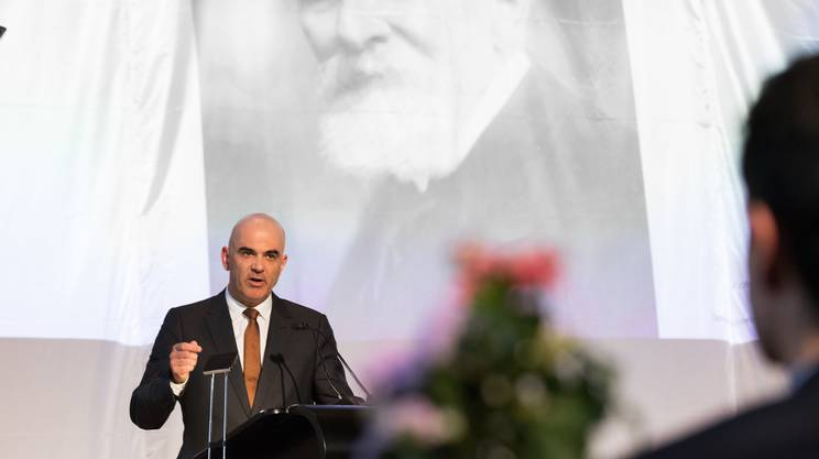 Il consigliere federale Alain Berset, lo scorso mese a Liestal, durante la commemorazione del centenario del Nobel conferito a Carl Spitteler