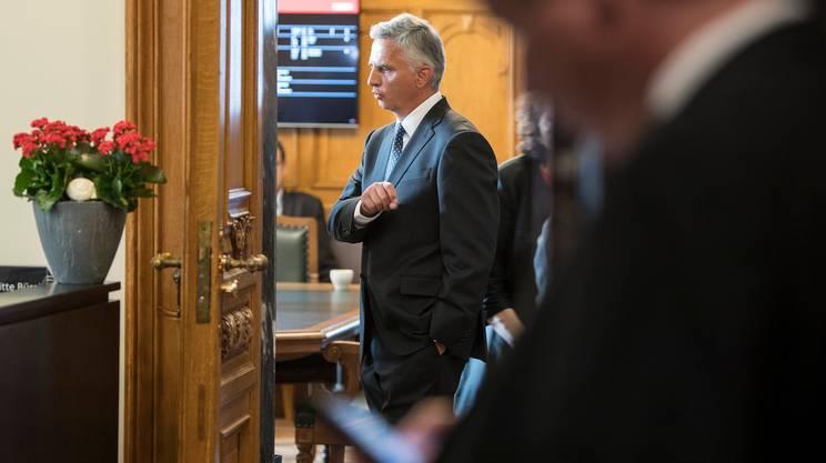 Il ministro, qui ripreso a Palazzo federale durante i lavori della sessione estiva del Parlamento