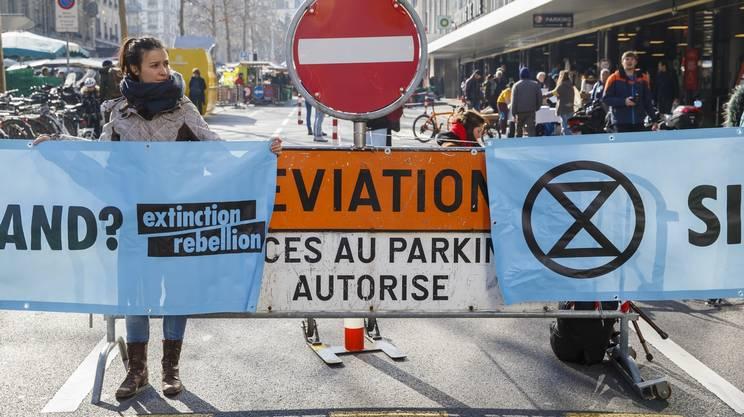 Il parcheggio di Ginevra è rimasto bloccato dai manifestanti per circa un'ora