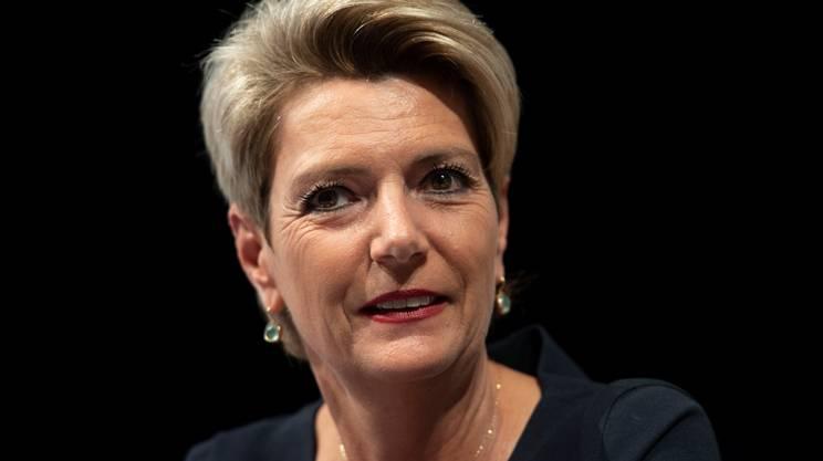 Karin Keller-Sutter (PLR/SG), attuale presidente del Consiglio degli Stati, si profila come grande favorita nella corsa alla successione in Governo a Johann Schneider-Ammann