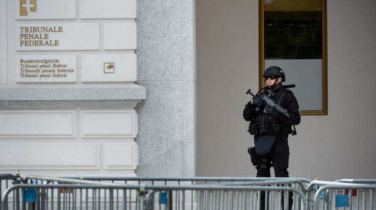 L'MPC e il perseguimento penale del terrorismo. Lo speciale dispositivo di sicurezza, nel 2016 a Bellinzona, durante il processo al TPF a 4 iracheni accusati di sostegno all'IS.