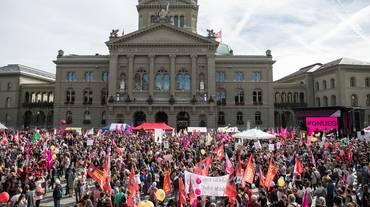 A Berna per la parità salariale