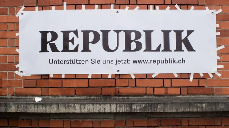 """I lettori sostengono """"Republik"""""""