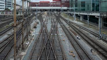 Treno deraglia a Basilea