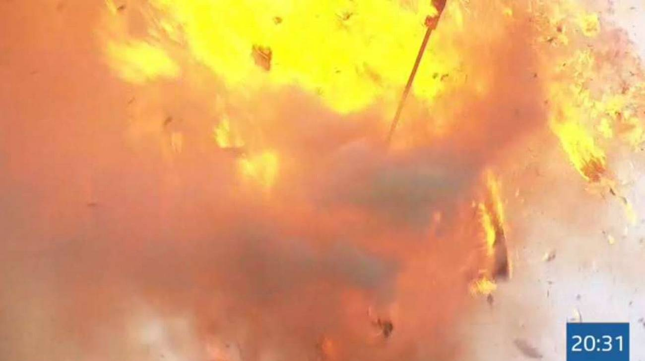 La testa del Böögg è esplosa dopo 20 minuti e 31 secondi dall'accensione della tradizionale pira