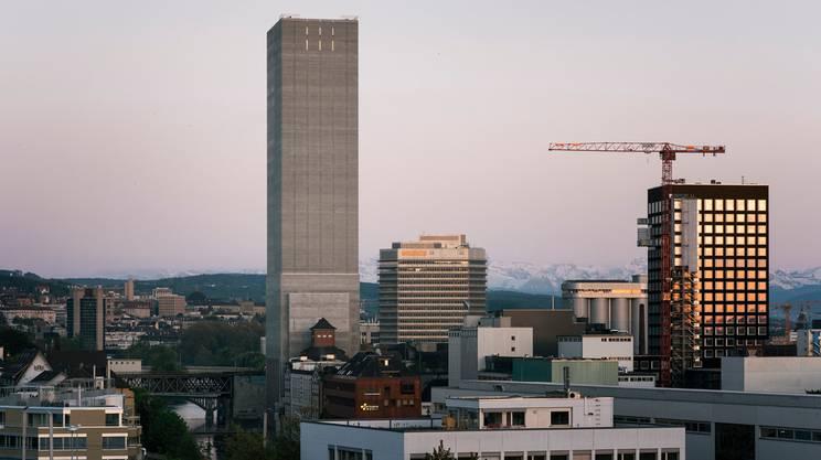 Il granaio pi alto del mondo rsi radiotelevisione svizzera for Piani di fattoria del granaio