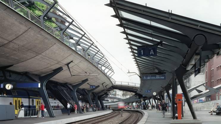 L'ampliamento era dovuto all'introduzione dei collegamenti dell'S-Bahn