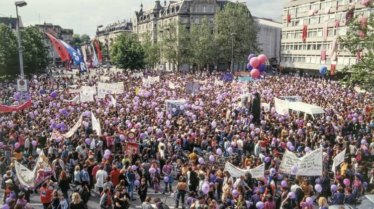 Lo sciopero delle donne del 14 giugno 1991: un'immagine della grande manifestazione organizzata a Zurigo