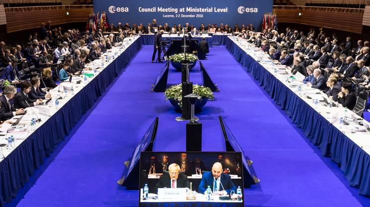 Lucerna, 2 dicembre 2016 — L'incontro dei 22 paesi membri dell'ESA